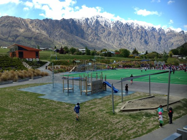 eLeaders day Queenstown | Remarkables Primary school playground