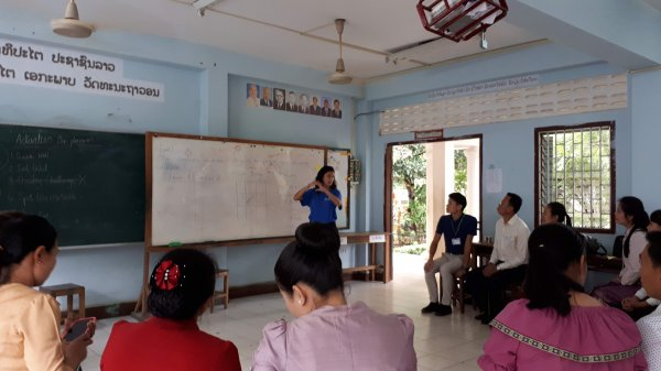 Christina, one of our Fellows, delivering a session on teaching for learning, using the example of Bingo!